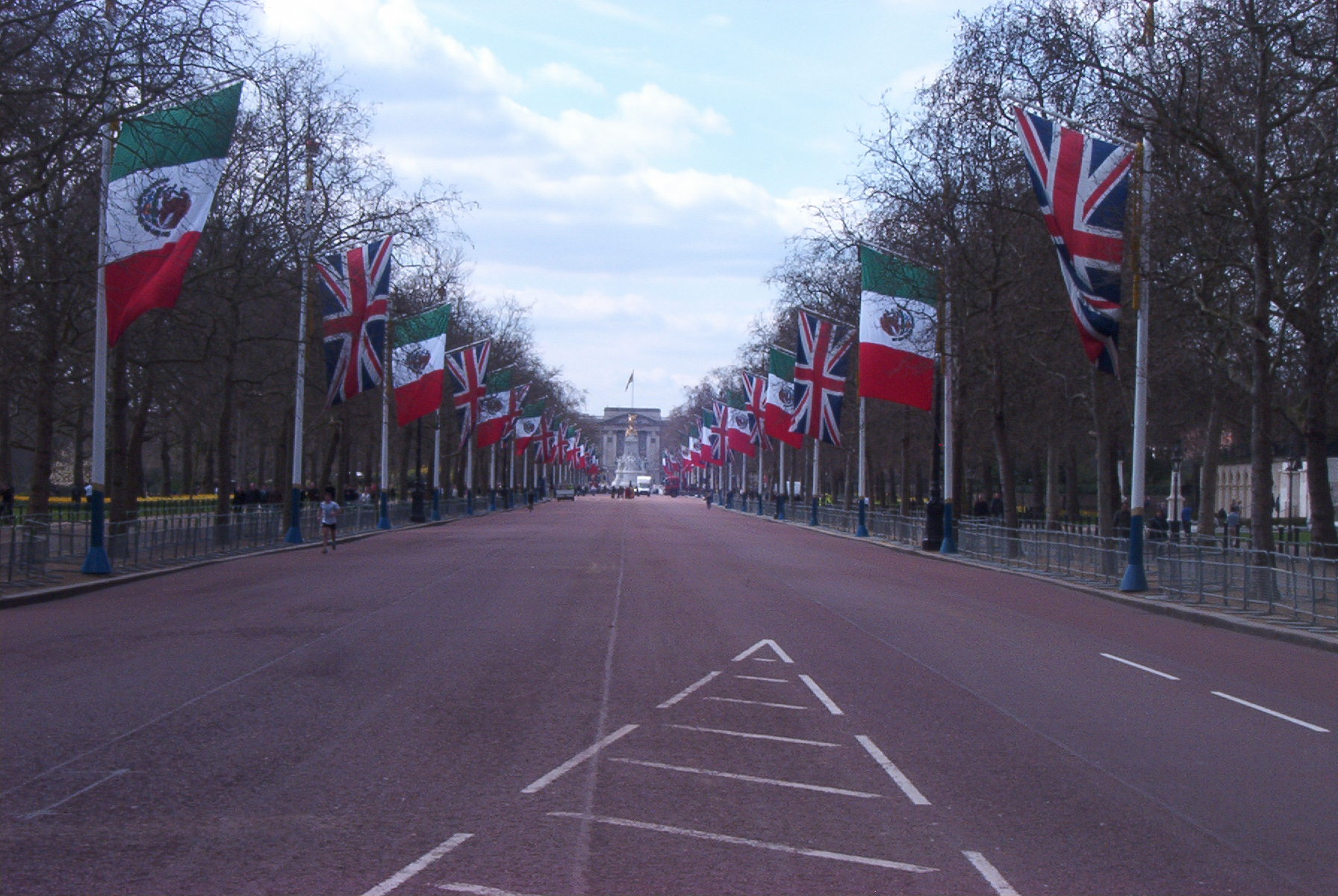 The Mall Is The Road Which Links Buckingham Palace With