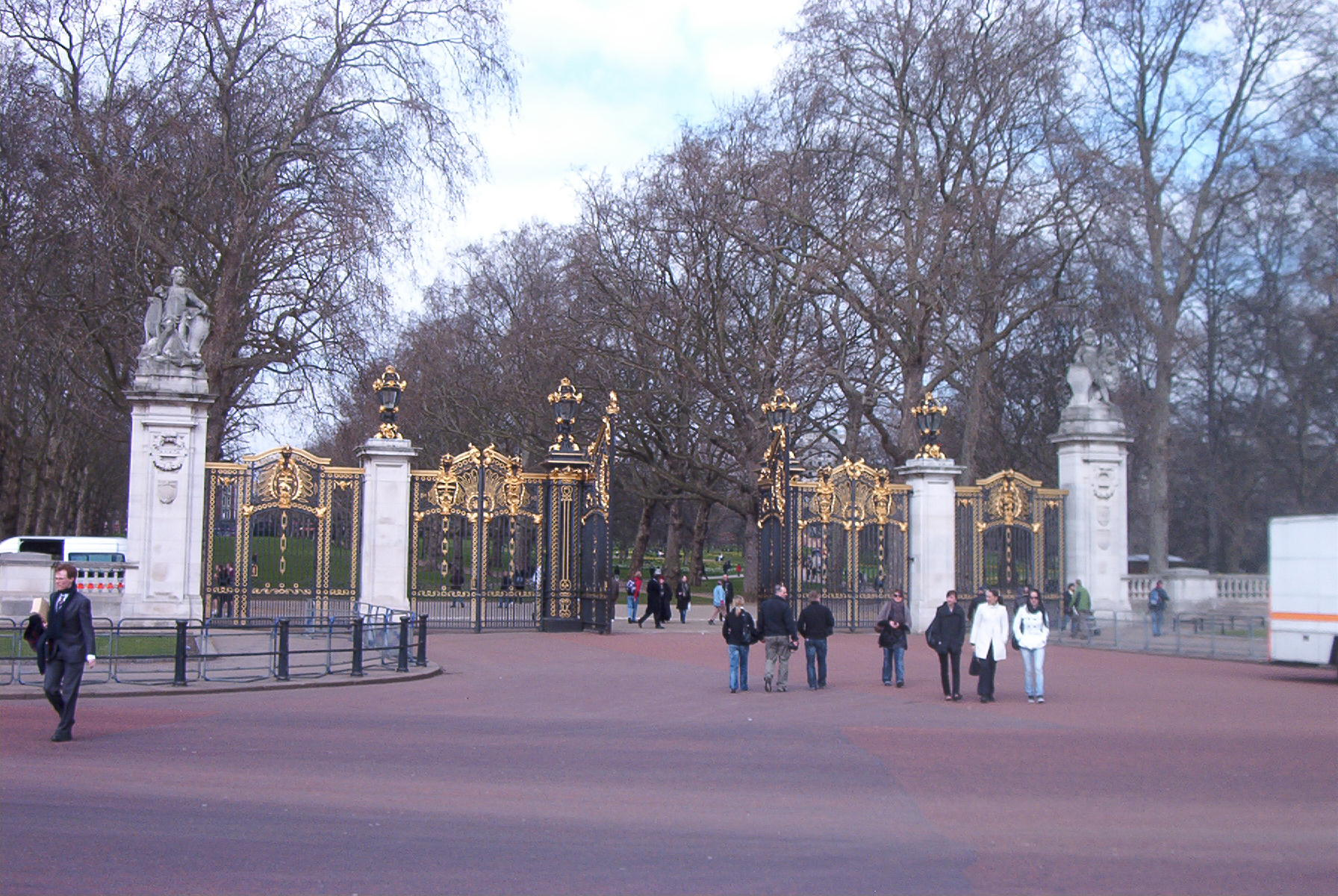 Subsidiary Gates Like This One Surround The Victoria